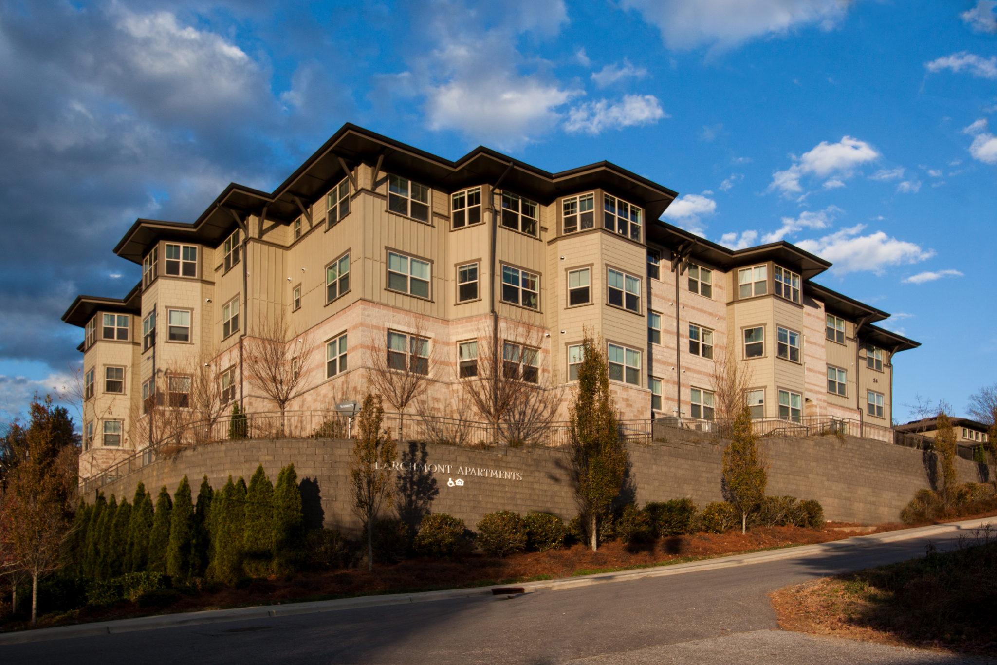Larchmont Apartments Asheville